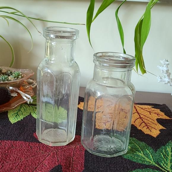 Vintage Heinz glass bottles cool retro lines